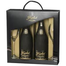 Kit c/ 2 Freixenet Cordon Negro 750ml + 2 ta�as